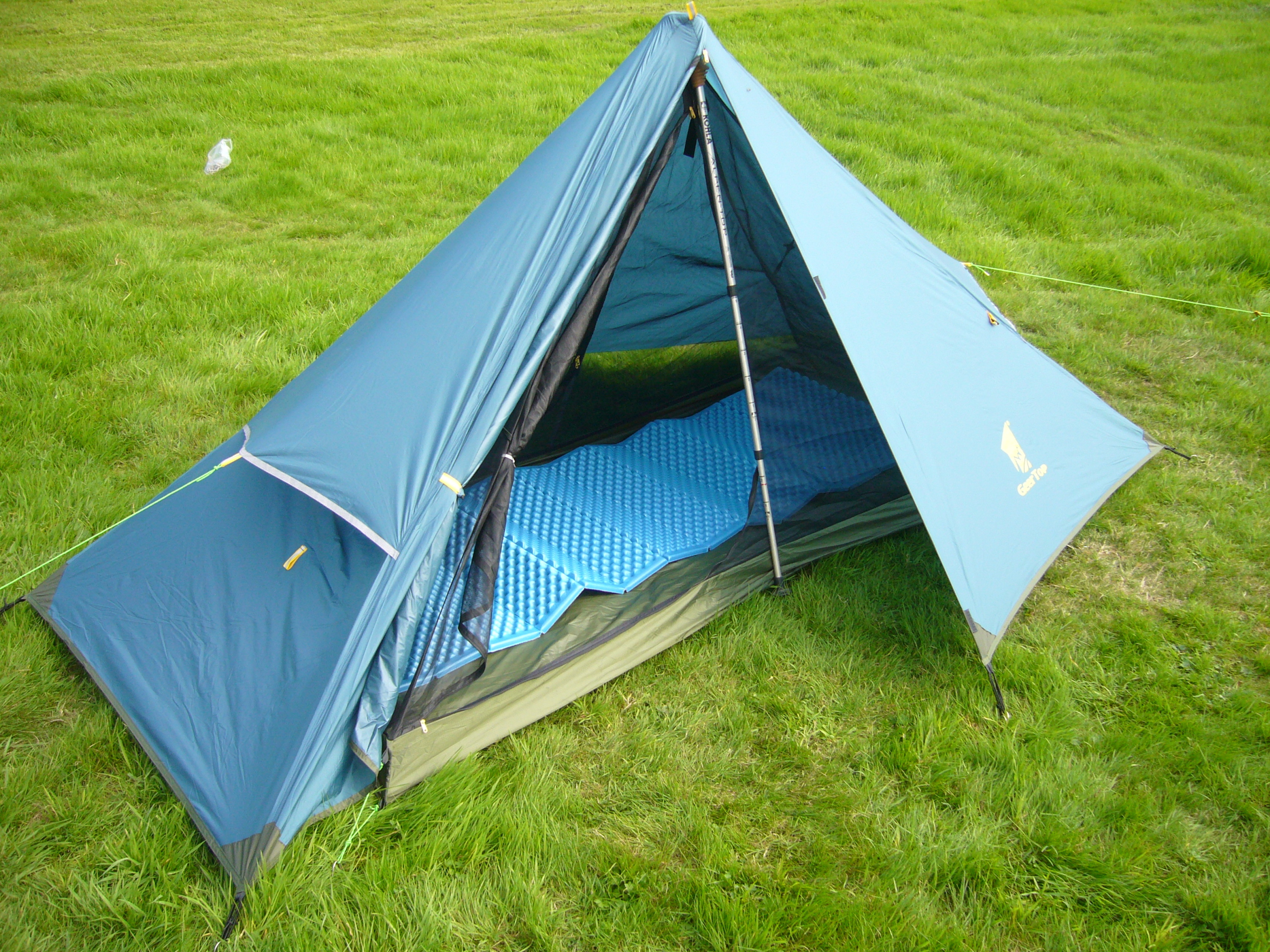 & Ultralight Backpacking Tent